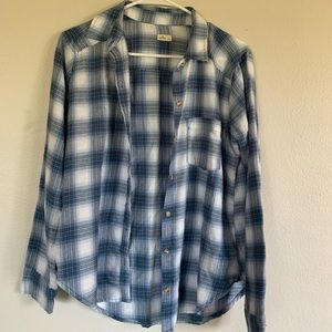 BLUE+WHITE HOLLISTER FLANNEL